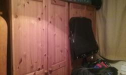 2 Wardrobes very nice excellent condition smoke free
