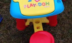 Play doh desk very good condition