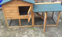 Rabbit hutch for sale only used for a number of months