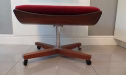 A STUNNINGLY DESIGNED G PLAN VINTAGE FOOTSTOOL IN RED