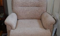 Recliner armchair in very good condition, all fully