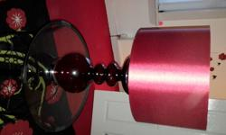 Standerd tabble lamp Good condition.red has silver rime