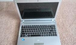 Samsung Q330 laptop 4gb or 8gb ram 500GB HD Intel Core
