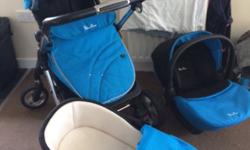 Comes with all the bits newborn cot and car seat and