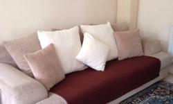 Very nice Sofa in good condition with lots of life