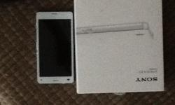 Z3 compact white, factory unlocked for sale in good