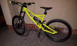 2015 specialized status large frame with plenty of