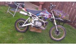 Stomp 140cc pitbike starts runs perfectly fine very