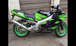 Low mileage zx9r green meanie on a 02 plate and a E2