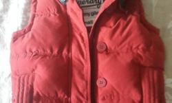 This xsmall Superdry gilet is in brand new condition