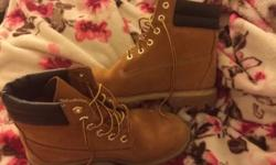 Great condition, women's size 5 Timberland Boots. These