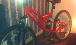 Trax mounting bike Good tyres Good condition Only needs