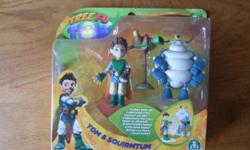 new sealed 1 box of Tree Fu Tom figures £5 no offers