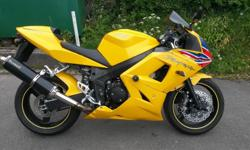 Triumph Dayton 600 '2003' in racing yellow. Recent new