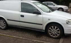 vauxhall astra 04 plate good condition roof bars alloys