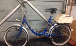 Old classic folding bike. 3speed. Dynamo. Carry bag.