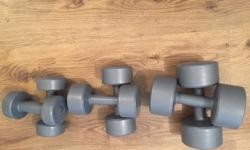 Free weights, 3 different sizes 2x 4.5kg 2x 2.3kg