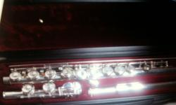Yamaha 211 flute in good condition and good playing