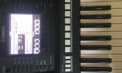 USED YAMAHA PSR-A2000,COMES WITH ITS ORIGINAL