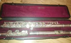 Yamaha YFL-21S three section silver plated flute for